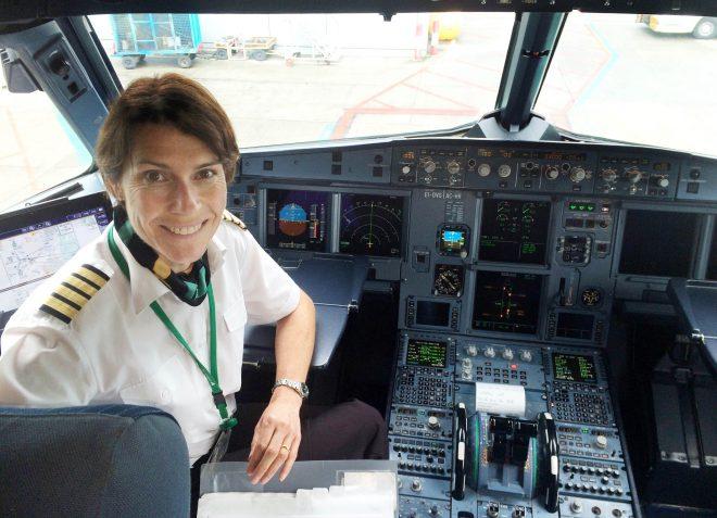 Louise Gilroy, Pilot.